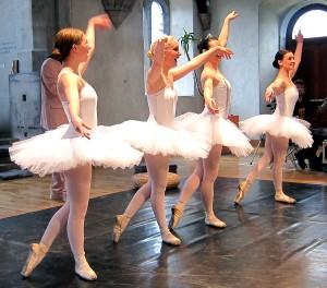 ballet dance class limerick