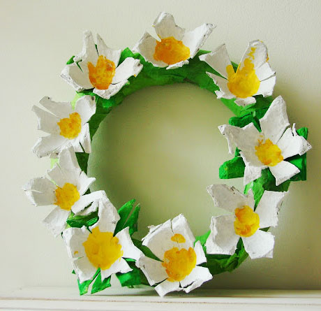 egg carton flower wreath craft