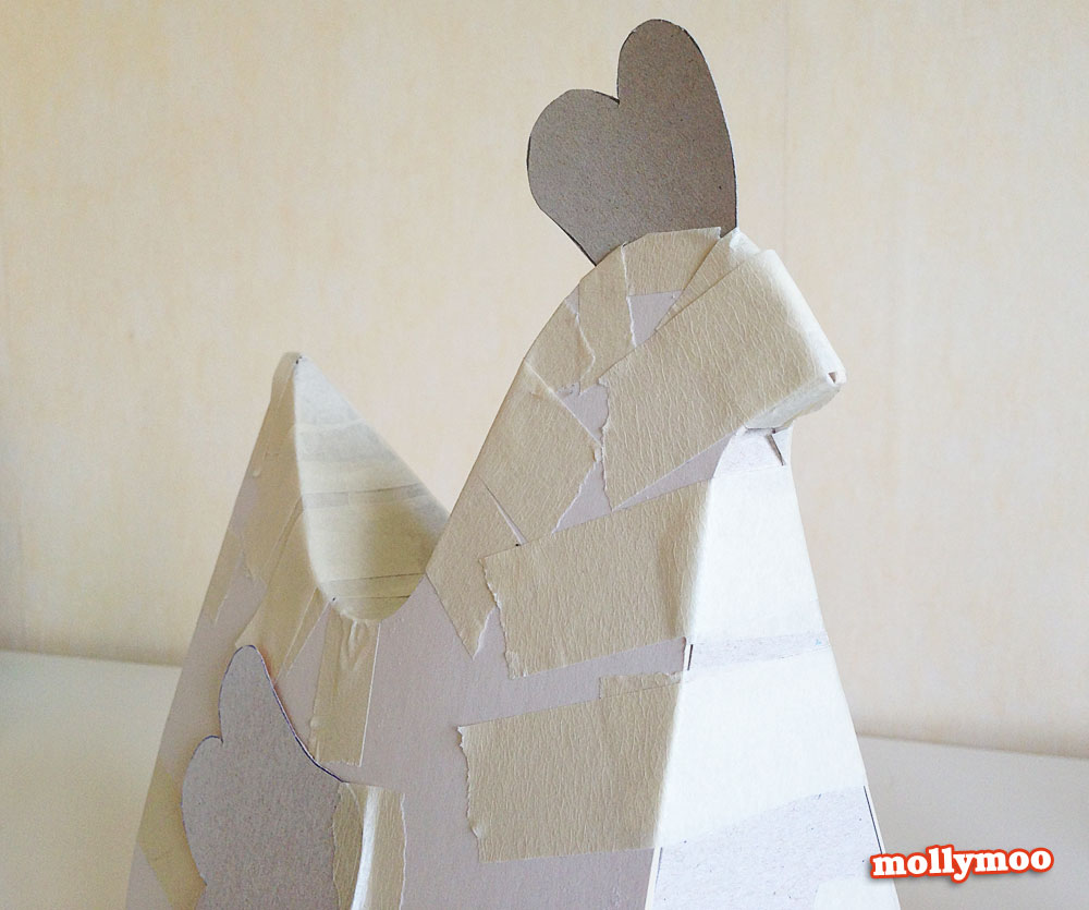 papier-mache-hen-step1