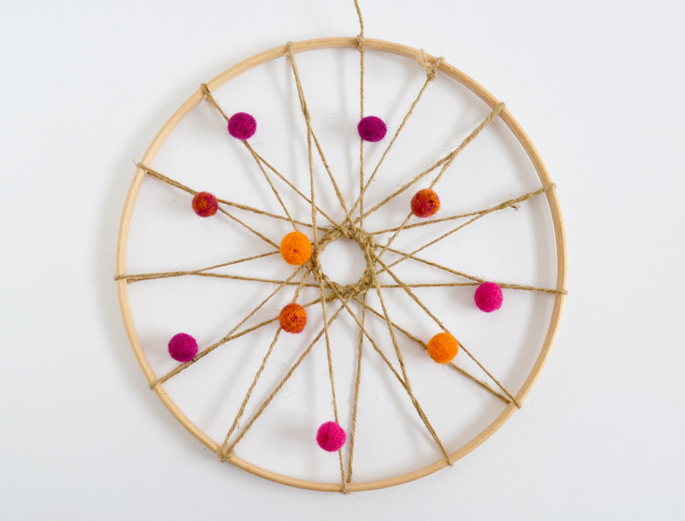 Mollymoocrafts how to make a dream catcher for Dream catchers how to make them