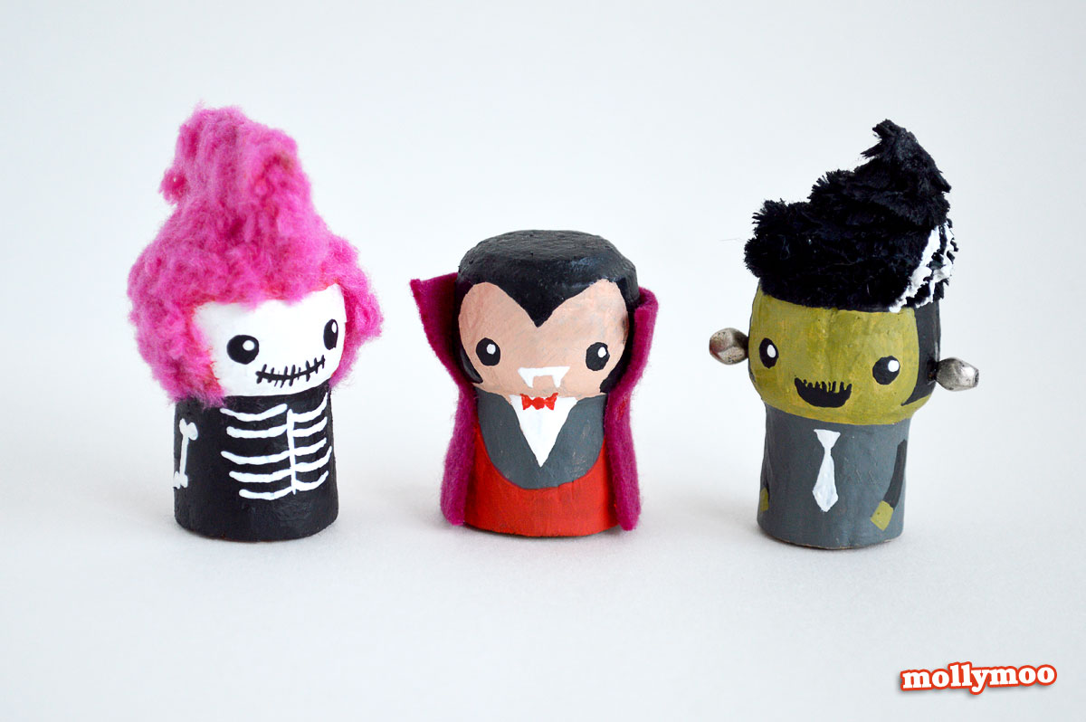 Halloween Crafts with Wine Corks