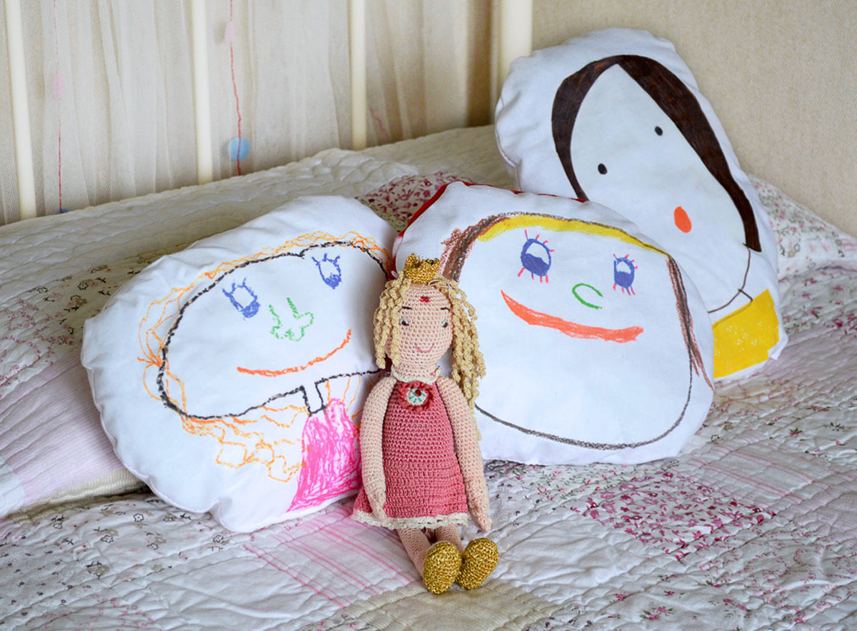 how to make cuddle cushions