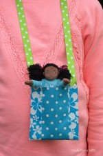 10min Duck Tape Crafts: Necklace Pouch For Dolls