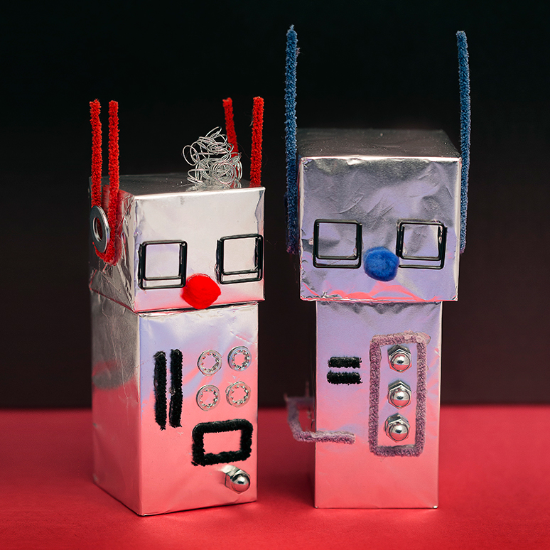 Christmas Robot Toys : Mollymoocrafts aluminum foil robot craft for kids