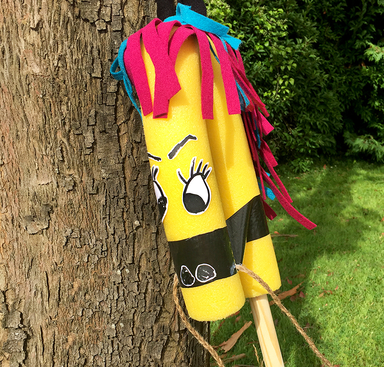 Mollymoocrafts Yee Haw How To Make A Diy Pool Noodle Hobby Horse